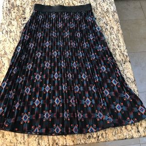 EUC Pleated Jill Skirt